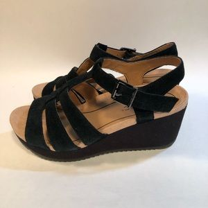 Vionic Tawny Black Suede Strappy Wedge Sandals